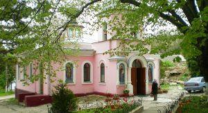 Топловский-монастырь